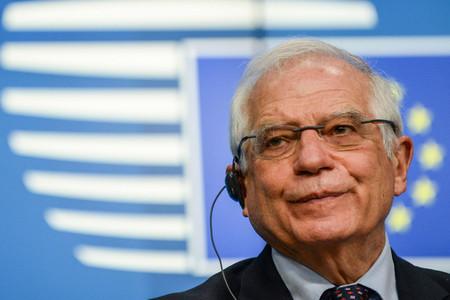 22日、ブリュッセルで記者会見する欧州連合(EU)のボレル外交安全保障上級代表(外相)(AFP時事)
